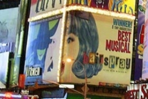 Broadway Moves to the Bronx: Broadway Showstoppers