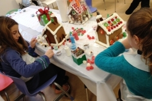 Citarella Holiday Gingerbread House Family Workshop