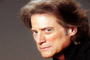 Richard Lewis Live