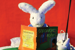 Mermaid Theatre of Nova Scotia Goodnight Moon & The Runaway Bunny