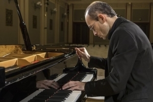 Piano Masterworks With David Kalhous