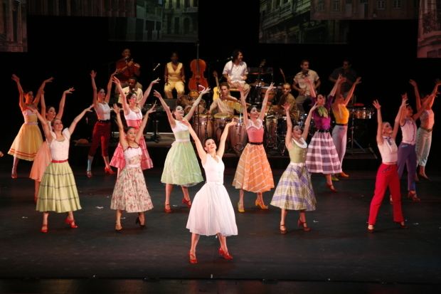 <p>Lizt Alfonso and her company bring the 1950s to life in <em>Cuba Vibra!</em></p><br />(© Félix Miranda)