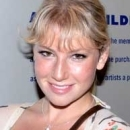 The Performers' Ari Graynor Is Ready For a Good Time