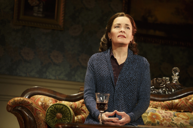 <p>Susan Moniz as Helen in <em>Fun Home</em>.</p><br />(© Joan Marcus)