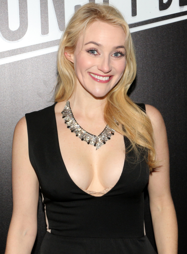 <p>Betsy Wolfe smiles for the cameras.</p><br />(© David Gordon)