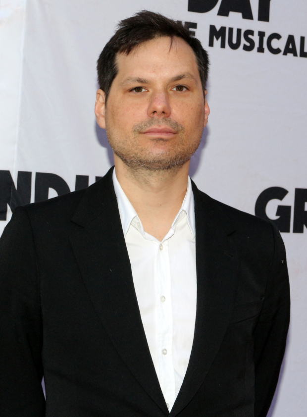 <p>Michael Ian Black stops for a photo before the show.</p><br />(© David Gordon)