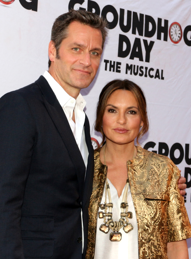 <p>Peter Hermann and Mariska Hargitay share a photo.</p><br />(© David Gordon)