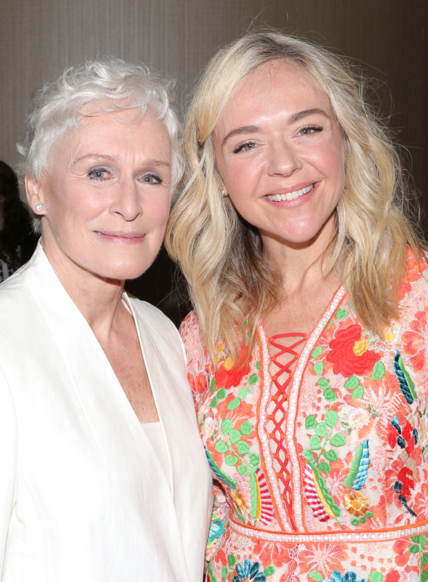 <p>Glenn Close gets close with Rachel Bay Jones.</p><br />(© David Gordon)