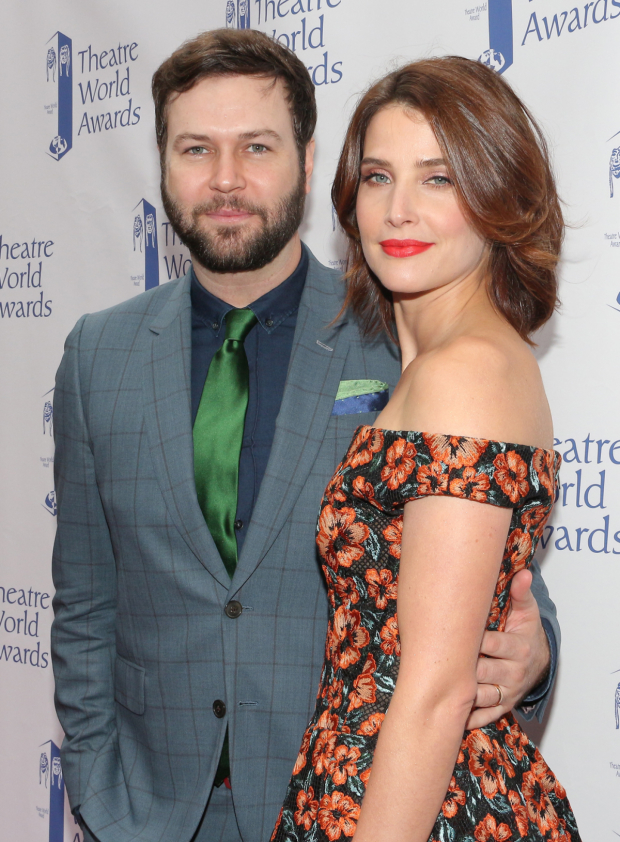 <p>Cobie Smulders, recipient for <em>Present Laughter</em>, with husband Taran Killam.</p><br />(© David Gordon)
