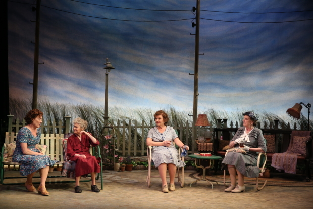 <p>Karen Ziemba, Lynn Cohen, Angelina Fiordellisi, and Jill Tanner chat in the Texas heat.</p><br />(© Carol Rosegg)