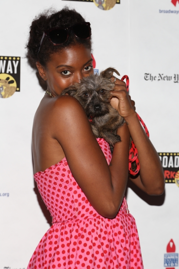 <p><em>A Doll&#39&#x3B;s House, Part 2</em>&#39&#x3B;s Condola Rashad made a new best friend.</p><br />(© Tricia Baron)