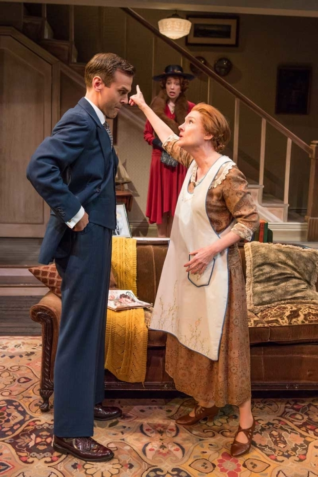 <p>Aaron Gaines and Annette O&#39&#x3B;Toole in a scene from <em>The Show-Off</em>, with Elise Hudson in the background.</p><br />(© Jeremy Daniel)
