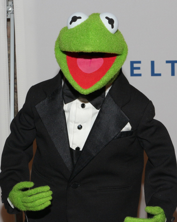 <p>Kermit the Frog helped honor his pal Steve Martin.</p><br />(© David Gordon)