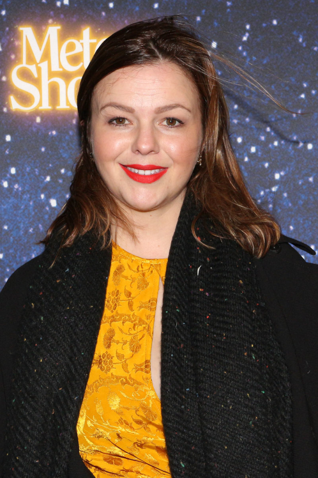 <p>Amber Tamblyn smiles for the cameras.</p><br />(© David Gordon)