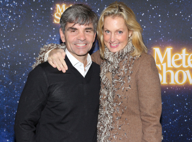 <p>George Stephanopoulos and Ali Wentworth pose for a photo.</p><br />(© David Gordon)