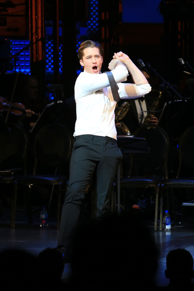 <p>Matthew Morrison knocked it out of the park.</p><br />(© Tricia Baron)