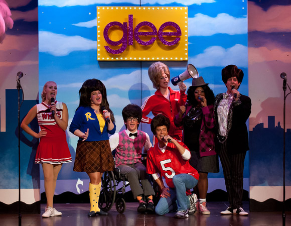 <p>2010: When <em>Glee</em> took the world by storm.</p><br />(© Rick Markovich)