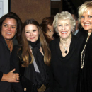 PHOTOFLASH: Christine Ebersole, Natasha Lyonne, Rosie O'Donnell Join Elaine Stritch at her Cafe Carlyle Opening