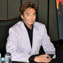 Barry Manilow to Make Broadway Return
