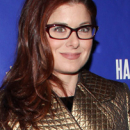 Debra Messing Misses the Theater