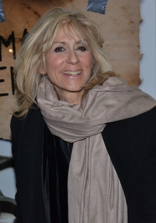 <p>Judith Light is a radiant presence at opening nights.</p><br />(© David Gordon)