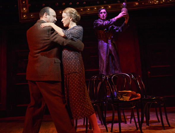 <p>Danny Burstein as Herr Schultz and Linda Emond as Fräulein Schneider dance during &quot&#x3B;It Wouldn&#39&#x3B;t Please Me More.&quot&#x3B;</p><br />(© Joan Marcus)