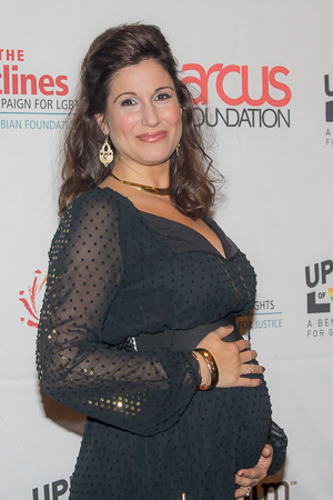 <p>A very pregnant Stephanie J. Block sang <em>Wicked</em>&#39&#x3B;s &quot&#x3B;For Good&quot&#x3B; along with Stephen Schwartz and the current cast of the musical.</p><br />(© Seth Walters)