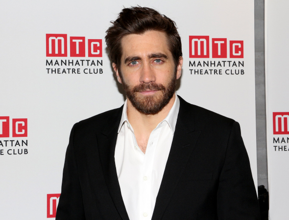 <p>Jake Gyllenhaal makes his Broadway debut in <em>Constellations</em>, the second play by Nick Payne that he&#39&#x3B;s been in (the first was <em>If There Is I Haven&#39&#x3B;t Found It Yet</em>).</p><br />(© David Gordon)