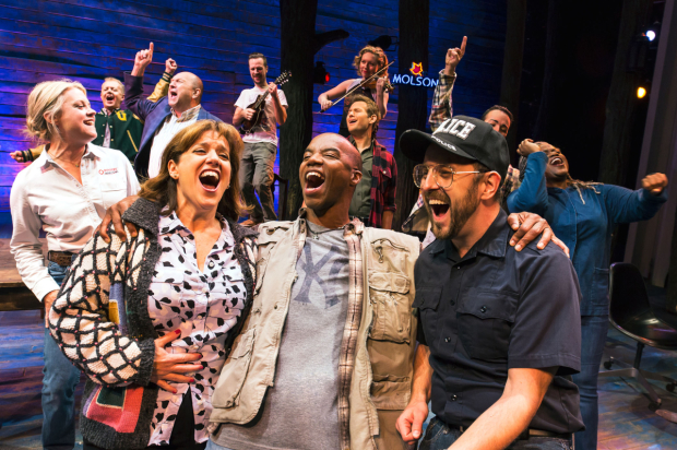 <p>A joyous moment with the cast of <em>Come From Away</em>.</p><br />(© Matthew Murphy)