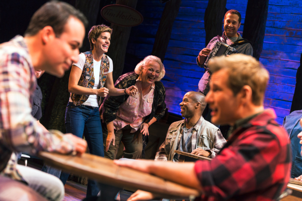 <p>A scene from Broadway&#39&#x3B;s <em>Come From Away</em>.</p><br />(© Matthew Murphy)