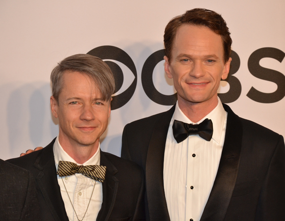 <p>A tale of two Hedwigs: Original <em>Hedwig and the Angry Inch</em> star and coauthor John Cameron Mitchell stands with the musical&#39&#x3B;s (now) Tony-winning lead performer Neil Patrick Harris.</p><br />(© David Gordon)