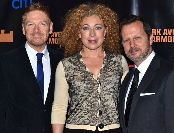 <p>Actor/codirector Kenneth Branagh, actress Alex Kingston, and codirector Rob Ashford pose for photos after the show.</p><br />(© David Gordon)