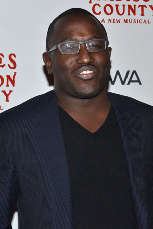 <p>Actor/comedian Hannibal Buress shows off his romantic side at the <em>Bridges</em> performance.</p><br />(© David Gordon)