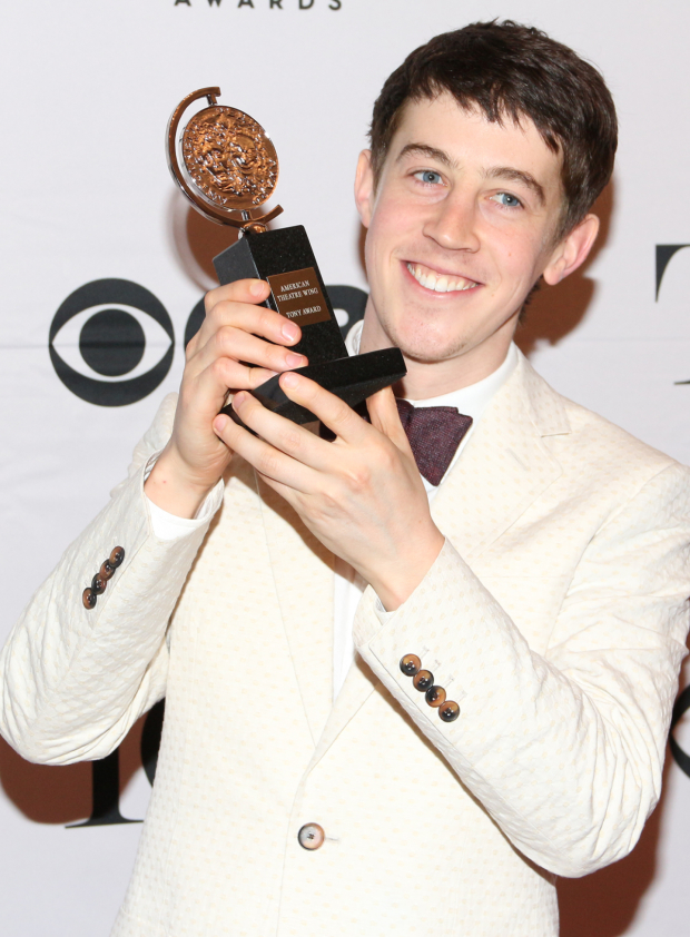 <p>Alex Sharp — Best Leading Actor in a Play, <em>The Curious Incident of the Dog in the Night-Time</em>.</p><br />(© David Gordon)