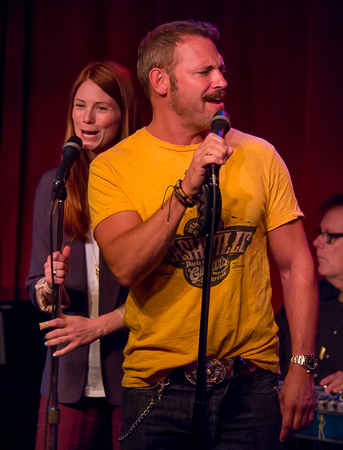 <p>Allison Case and Jim Newman share the stage.</p><br />(© Seth Walters)