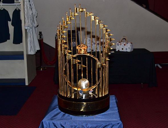 <p>Also on hand for the evening: the Yankees&#39&#x3B; 1977 World Series championship trophy.</p><br />(© David Gordon)