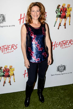 <p>Ana Gasteyer poses for photos before the show starts.</p><br />(© Nessie Nankivell)