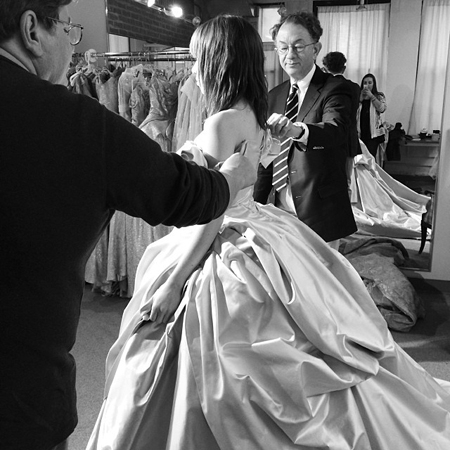 <p>&quot&#x3B;First day on set and they let me try on the BIG wedding dress!&quot&#x3B; — @CarlyRaeJepsen</p>