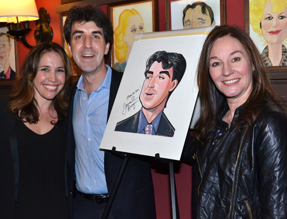 <p>Andréa Burns and Jessica Molaskey, who starred in Brown&#39&#x3B;s <em>Songs for a New World</em>, join the songwriter and his caricature for a shot.</p><br />(© David Gordon)