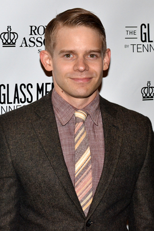 <p>Andrew Keenan-Bolger proudly supports his sister Celia.</p><br />(© David Gordon)