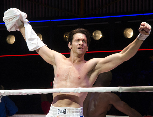 <p>Andy Karl takes his triumphant opening-night curtain call.</p><br />(© David Gordon)