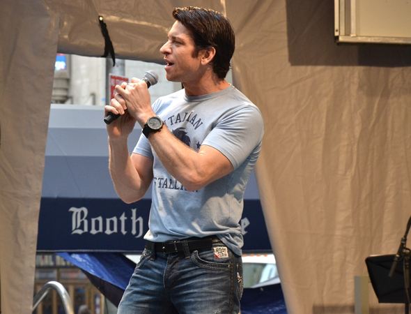 <p>Andy Karl welcomes the crowd with &quot&#x3B;Fight From the Heart&quot&#x3B; from <em>Rocky</em>.</p><br />(© David Gordon)