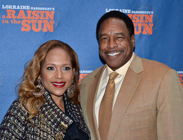 <p>Baseball star Dave Winfield and his wife, Tanya, are excited to attend a Broadway opening night.</p><br />(© David Gordon)
