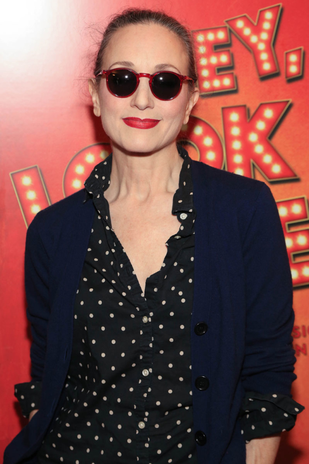 <p>Bebe Neuwirth was fashionable as always on the red carpet.</p><br />(© Tricia Baron)