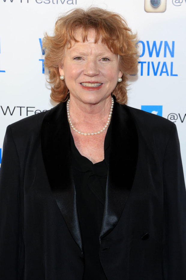 <p>Becky Ann Baker stops on the red carpet.</p><br />(© Tricia Baron)