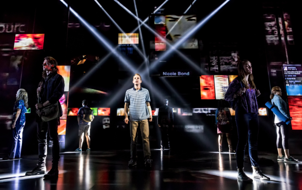 <p>Ben Platt (center) and cast of <em>Dear Evan Hansen</em> onstage at Broadway&#39&#x3B;s Music Box Theatre.</p><br />(© Matthew Murphy)