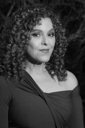 <p>Bernadette Peters contemplates what she will say to the press.</p><br />(© Seth Walters)