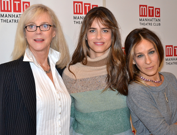 <p>Blythe Danner and Sarah Jessica Parker flank playwright Amanda Peet.</p><br />(© David Gordon)