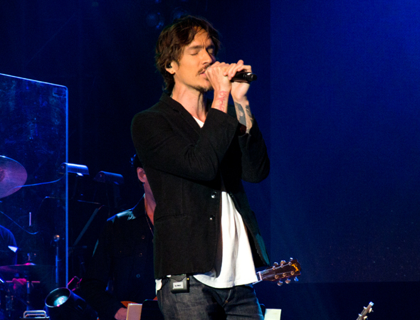 <p>Brandon Boyd belts the title song.</p><br />(© David Gordon)