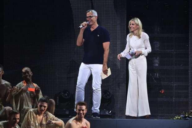 <p>Broadway Bares creator Jerry Mitchell and Judith Light addressed the audience.</p><br />(© Daniel Roberts)